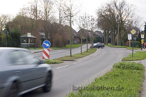 Raserei und Unfälle auf der Oedter Straße in Kempen